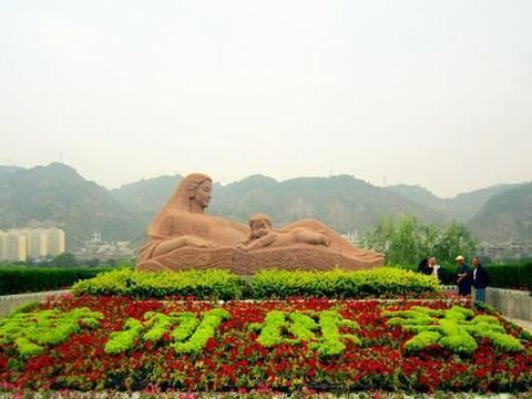 """上海""""最大""""的花海公园,面积远超城隍庙,人少景美还免费"""