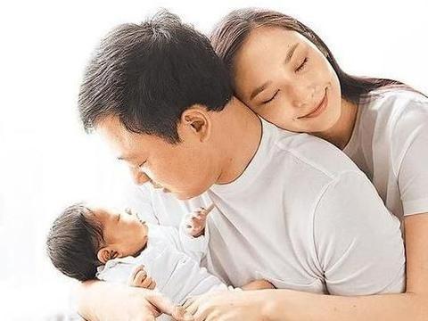 吴佩慈男友纪晓波欠债百亿,或许这才是两人不结婚的真正原因?