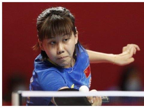 国乒世界冠军救2赛点仍2-4被淘汰,曾双杀伊藤美诚 女乒猛将进4强
