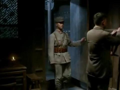 长征大会师:参谋长谎称要连夜带人去筹粮,政委未发现其中的端倪