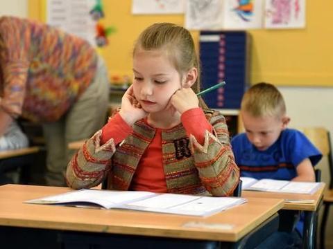 逼孩子学习,不如激发他的学习动力,做好这5件事,成绩自然提升