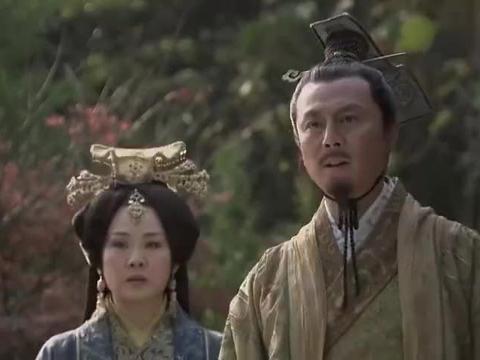 王昭君:陛下以为昭君貌丑从不召见,花园偶遇才知是个美人