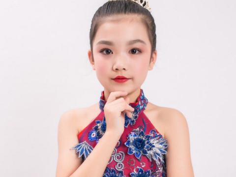 苏梓斐小朋友被评为优秀艺术特长生陕西地区形象大使