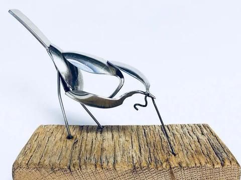 """用旧勺子画""""速写"""",极简的动物雕塑,漂亮极了"""