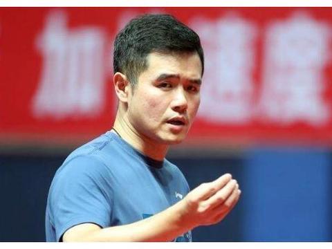 放心了!国乒金牌教练已安全归队,指挥年轻小将打败世界第一组合