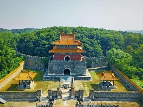 朱常洛当了一个月皇帝就病逝了,最后还是用了明代宗朱祁钰的陵墓