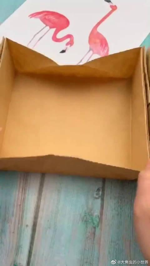 帮老妈做了一个收纳盒,每一个格子都能打开,她看到后太惊喜了!