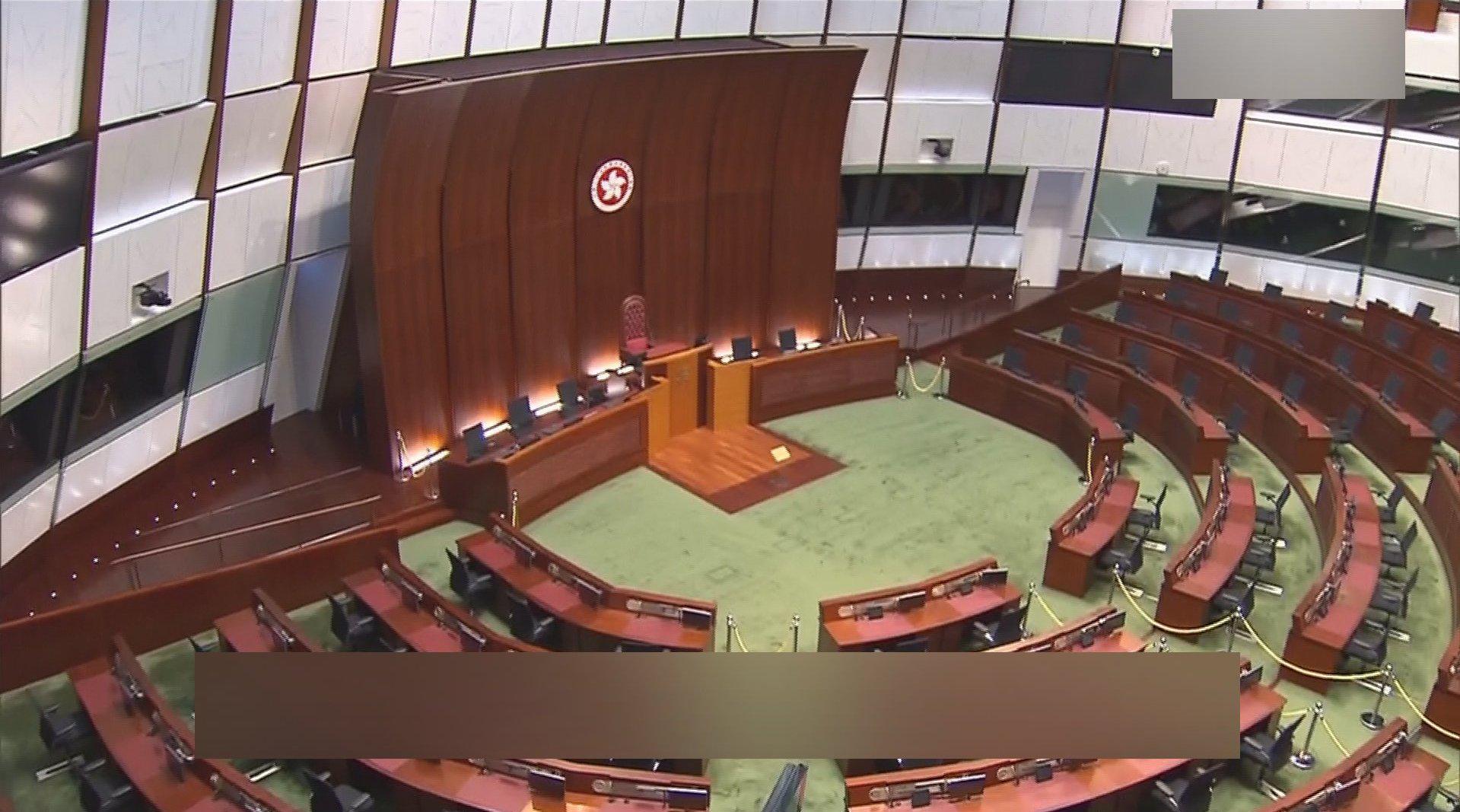 香港现届立法会任期延长至少一年 梁振英:合理合法
