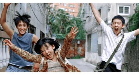 朱朝阳严良再合体,14岁的荣梓杉已有腹肌,15岁的史彭元更像弟弟