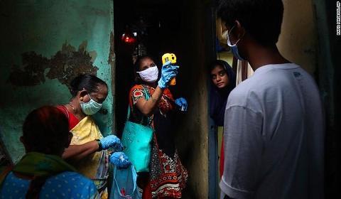 惊人发现 印度孟买贫民窟一半人新冠检测阳性被指可能已群体免疫