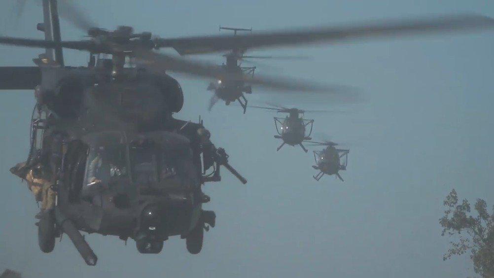 美国陆军第160特种作战航空团(160th SOAR(A) )的座右铭是暗夜潜行,永不止歇!