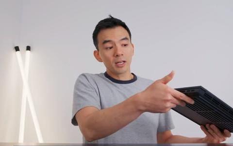 屏幕容易压弯?外媒评测暗影精灵6发现短板,模组设计有缺陷