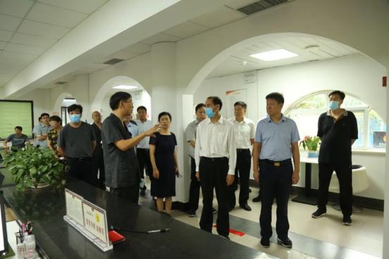 河南省人大常委会到中牟县法院调研加强司法保障优化营商环境工作