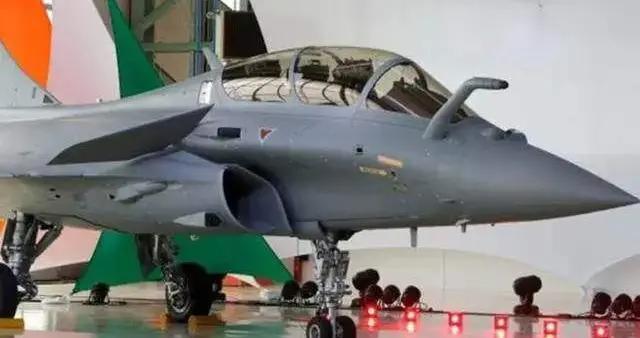"""外媒:采购""""阵风""""战机无法改变印度劣势 对手可调动约550架战斗机"""