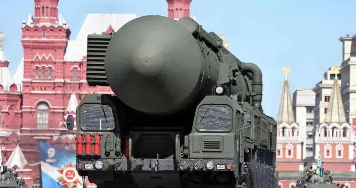 看谁敢用核武器!美军新型反导呼啸发射,成功击落一枚来袭导弹