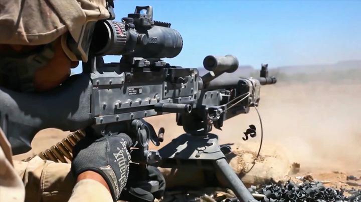 美军在日常训练中消耗大量弹药