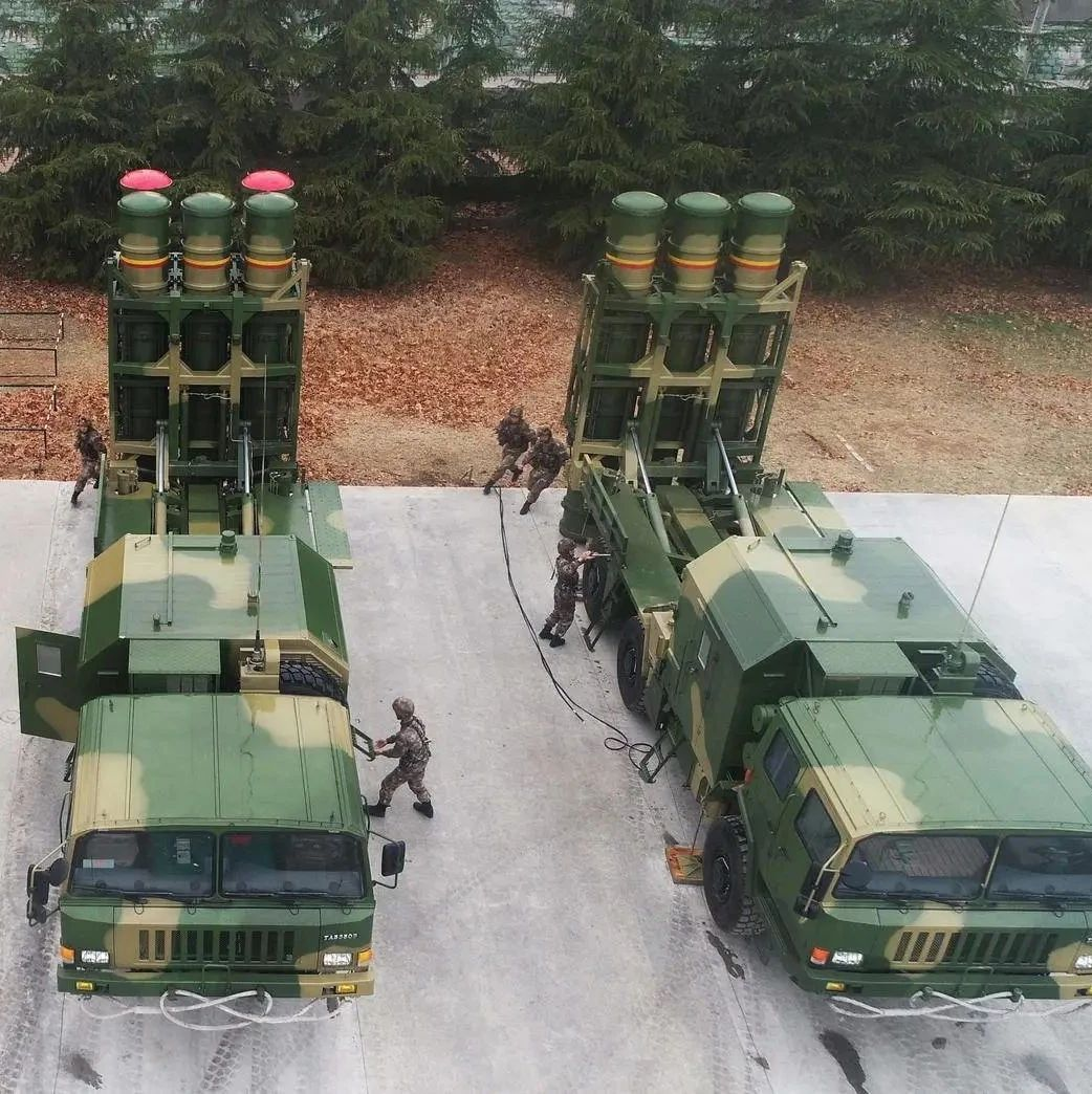 不惧美国威胁,塞尔维亚将购买中国导弹丨图说