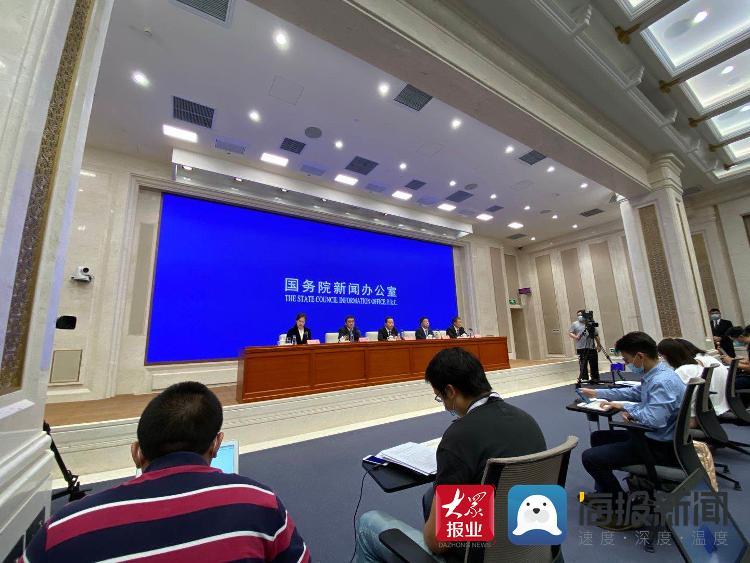"""中国气象局:北京昨夜强降雨 持续时间和强度未超2012年""""7·21"""""""