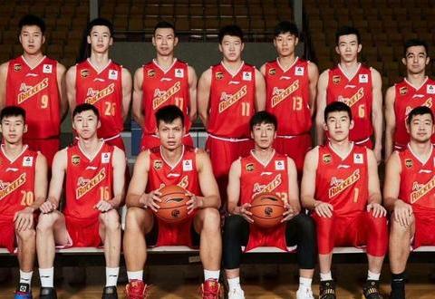 八一队员遭哄抢,北京瞄准付豪和邹雨宸,广东男篮或提前抢人