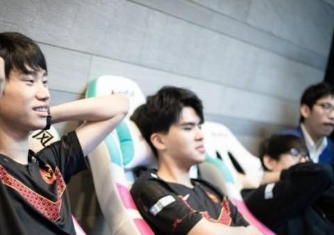 香锅预测世界赛队伍:TES、IG、JDG这三个队必进世界赛