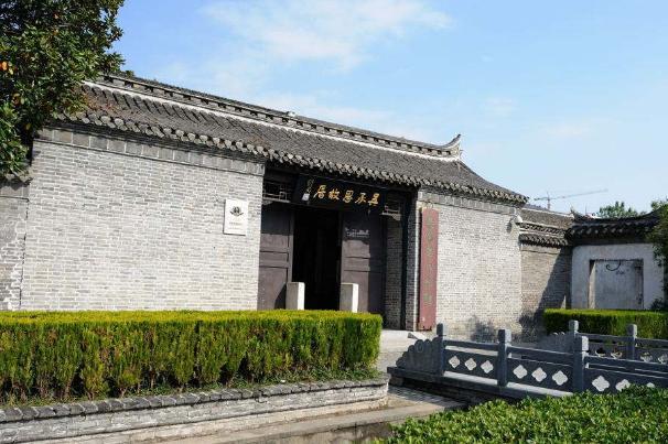 """江苏吴承恩的故居,公厕被改造成了""""水帘洞"""",游客却争先打卡"""