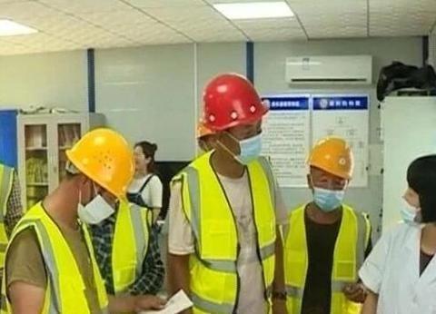 唐山一工地为建筑工人免费体检,引起热议!