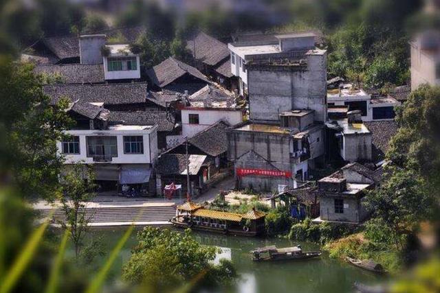 """重庆的一个古镇很受欢迎 在富阳被称为"""""""