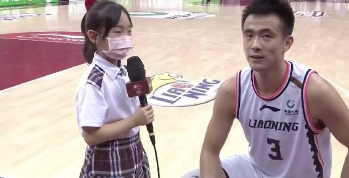 CBA小记者:胡明轩哥哥你好,我在复赛第一阶段云采访过您……