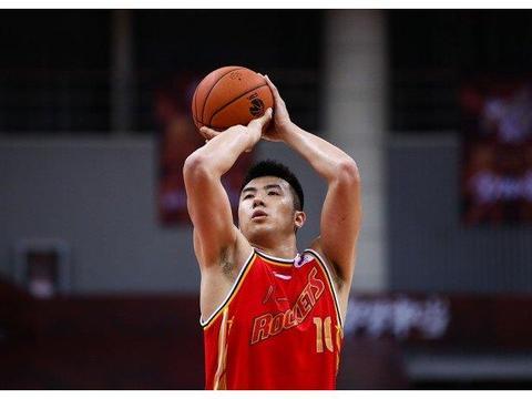 重磅!北京男篮有意邹雨宸与李慕豪,山东男篮侧面回应换帅传言!