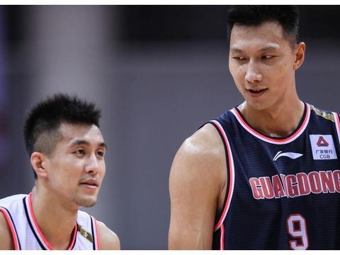 领先22分被对手翻盘,总决赛第二场,广东男篮输球关键词:专注度