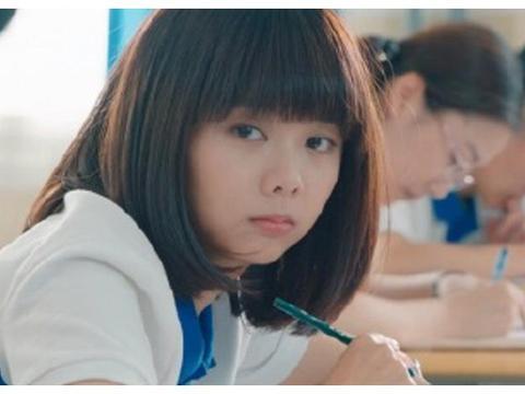 《以家人之名》,谭松韵演高中生装嫩?网友:满屏的尴尬!