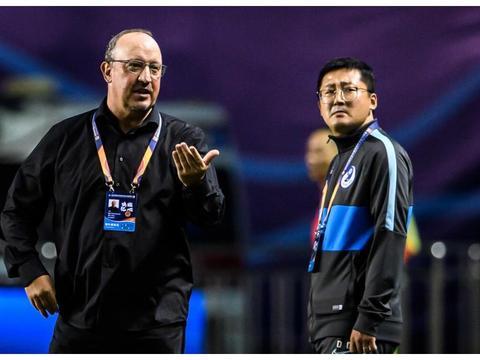 贝尼特斯呼吁中国足球重用年轻人 在大连身体力行 却换来4轮不胜