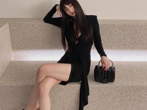 """韩艺瑟,48KG的曲线美""""挑衅""""迷你连衣裙"""