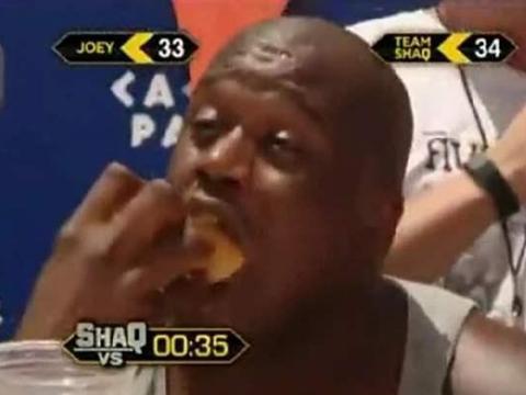 NBA吃货食量多大?大梦拍广告吃下100块炸鸡