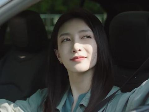 《三十而已》王漫妮开车花絮:镜头下自由轻松,片场问题连连