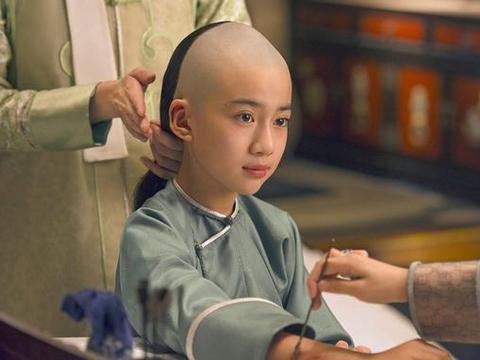 乾隆最有才华的儿子,娶了大清皇后的侄女,却有两个致命缺点