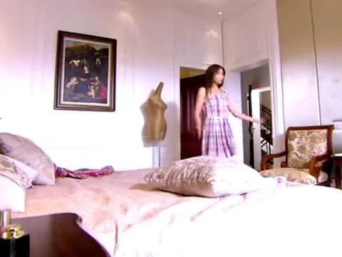 沈美溪在家里时装秀,不料萧晨突然来,他们两个太逗