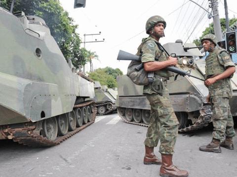 拥有2亿多人口的国家,军队实力还不如武装分子!