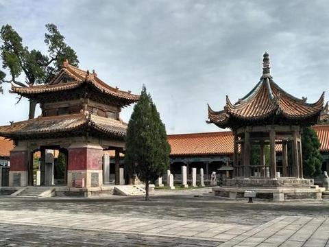 """五岳第一庙西岳庙,明清宫殿御苑式建筑群,被誉为""""陕西小故宫"""""""