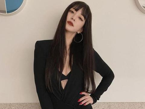 免整形逆龄术,林志玲剪刘海年轻10岁,太妍黑长直刘海秒变高中生