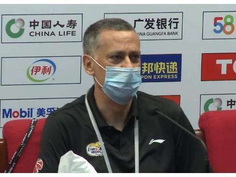辽宁逆转广东,马丁内斯赛后发言一针见血!球迷佩服:冲击总冠军
