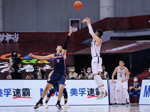 辽宁男篮逆转广东原因揭晓!球迷第二次发声,这次说了真话