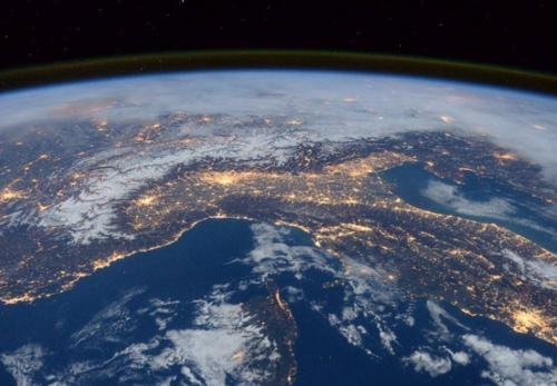地球早已不是蔚蓝色的了?看到最新卫星图:这还是我们的家园吗!