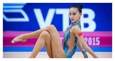 中国体坛四大美女之张豆豆美照,长相清纯,笔直的大长腿吸睛