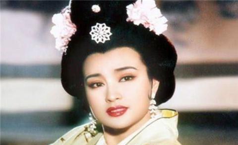 少女扮演杀手刘晓庆再演少女,拍摄不到15天,定妆照引热议
