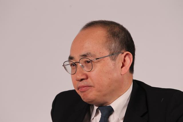 SOHO中国私有化终止,潘石屹200亿甩卖计划落空,股价大跌