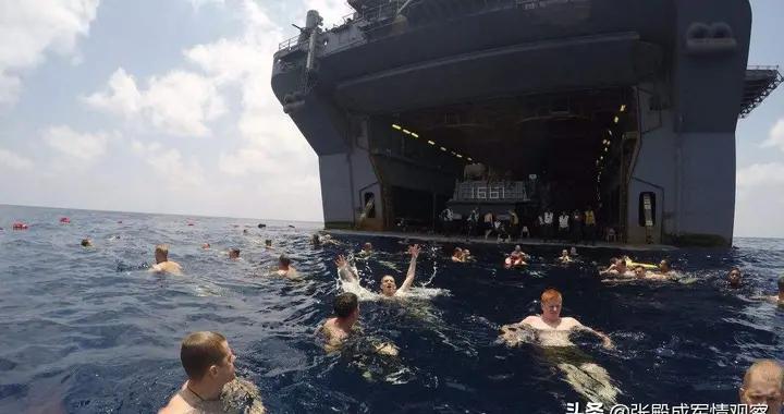 美东海岸迅速拉响警报 大批F-22战机连夜起飞 难道真要开战?