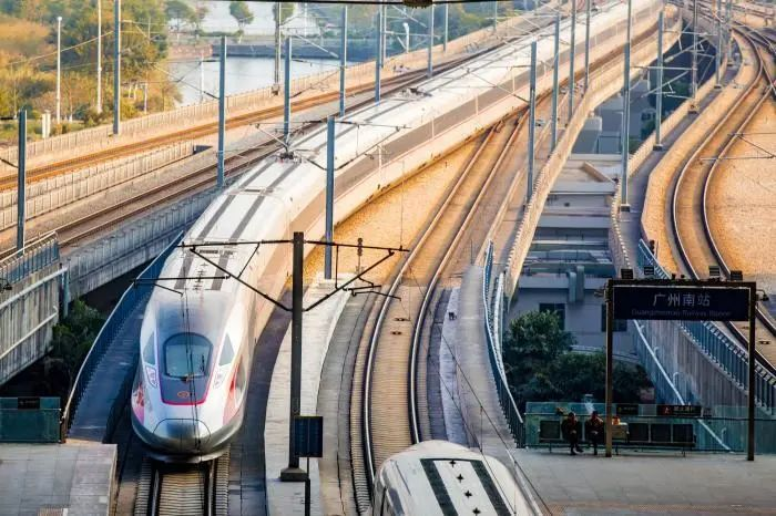 50万人口城市将跨入高铁时代!铁路新规划推动城市群、都市圈发展