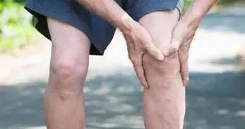 """糖尿病足病""""烂脚""""前有6个症状,早知道早预防"""