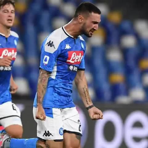 ⚽⚽波利塔诺为那不勒斯征战第一个赛季打进的两粒漂亮进球